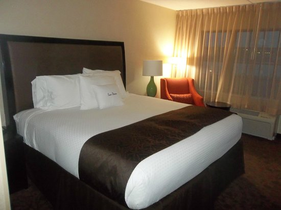 Doubletree Hotel Dulles Airport-Sterling:                   Most comfortable, cozy bed.  My favorite part of the room.