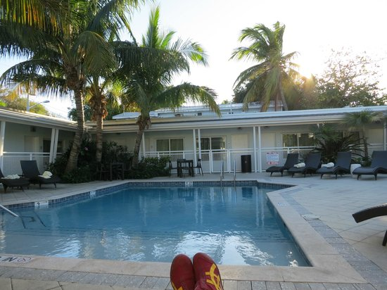 Orchid Key Inn :                   Sitting by the pool on a cool afternoon
