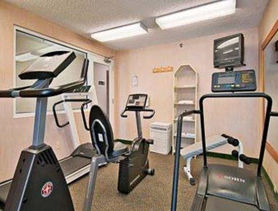 Super 8 Madison South: Workout Room