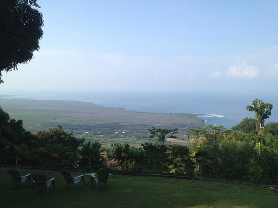 Ka'awa Loa Plantation:                                     View from the Porch