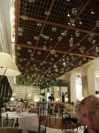 Four Seasons Hotel Milano:                   La Veranda restaurant