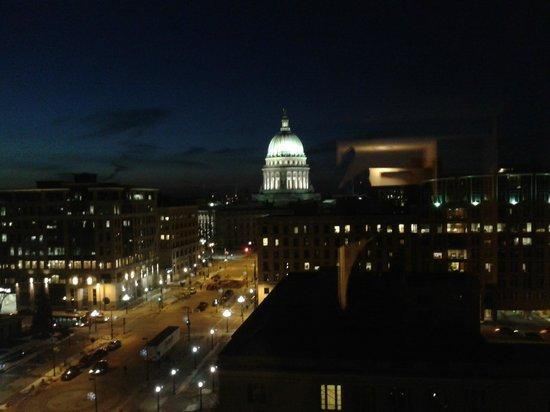 Hilton Madison Monona Terrace:                                     Madison & the Capital at night - 12th floor