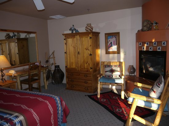 Adobe Hacienda Bed &amp; Breakfast:                   Anasazi Room