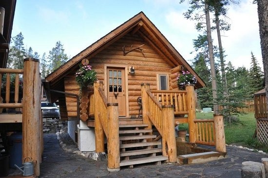 Front Of The Log Cabin Picture Of Banff Log Cabin B B