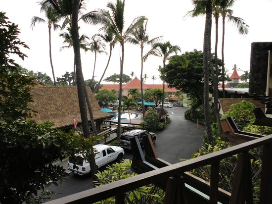 Uncle Billy's Kona Bay Hotel:                   View from room