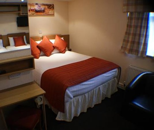 Clifton Court Hotel: Room