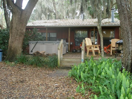 Welaka, FL:                   our cabin