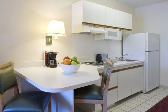 Homestead Studio Suites - Boston - Waltham: Fully-Equipped Kitchens