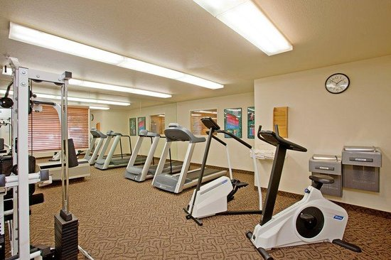 Candlewood Suites Orange County, Irvine Spectrum: Keep up with your work out routine while on the road.