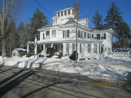 Maine Stay Inn and Cottages:                   Maine Stay Inn