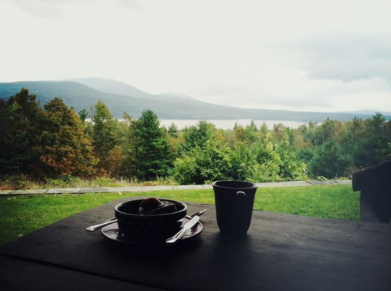 Ashokan Dreams Bed and Breakfast:                   Breakfast with a view (from the Reservoir Suite)! Perfect.