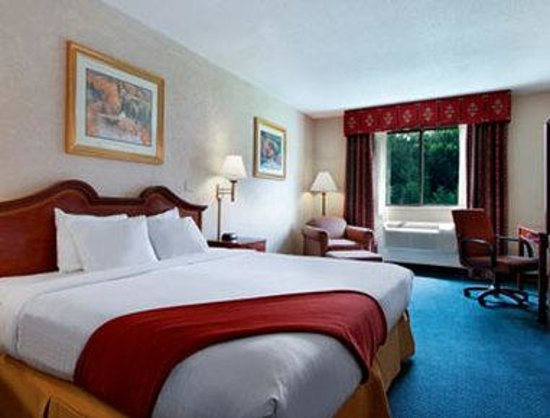 Super 8 Gettysburg: Standard King Bed Room