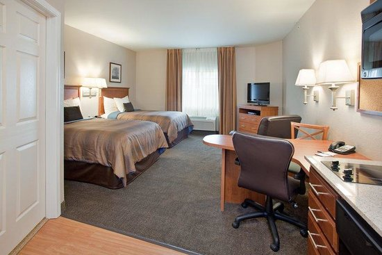 Candlewood Suites Northeast: Two Double beds Studio Suite