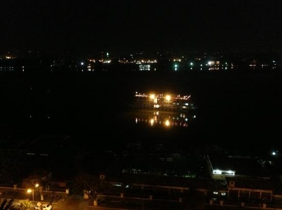 Sofitel Cairo Maadi Towers:                   Night Nile View