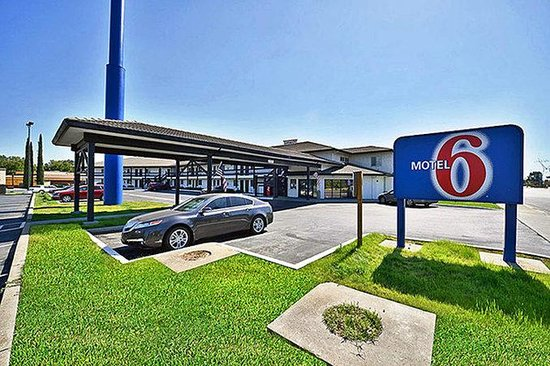Motel 6 Anderson- Redding Airport