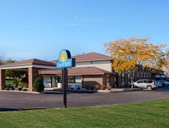 Welcome To The Days Inn Stoughton WI