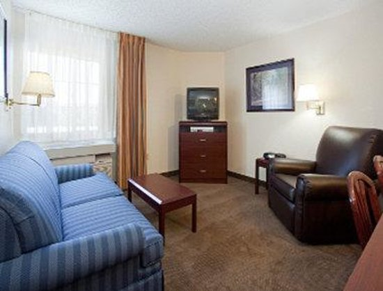 Hawthorn Suites by Wyndham Salt Lake City-Fort Union: Suite