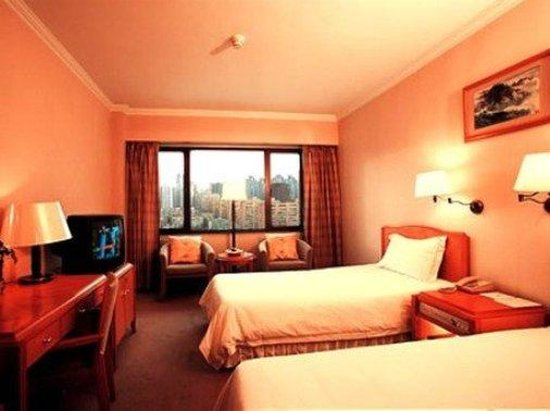 Hua Ting Guest House: Standard Twin Room