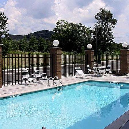 Wingate by Wyndham Brentwood / Franklin / Cool Springs: Magnuson Hotel Cool Springs Pool