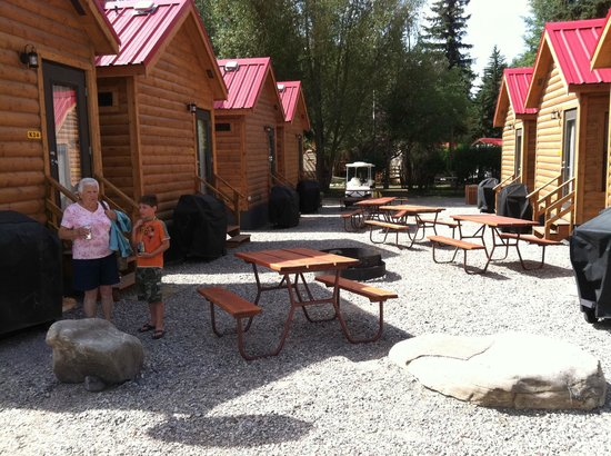 Snake River Park KOA and Cabin Village:                   KOA