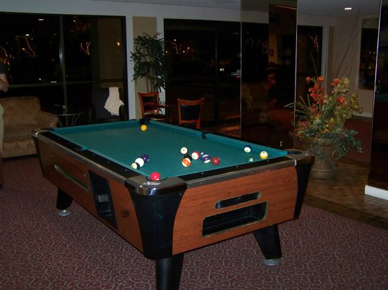 Anaheim Plaza Hotel and Suites: billard