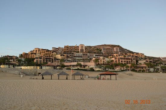 Pueblo Bonito Sunset Beach Golf & Spa Resort: The hotel as viewed from the beach