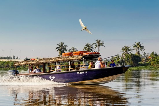 Les Rives by Saigon River Express - Day Tours
