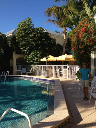 The Caribbean Court Boutique Hotel:                   Pool area