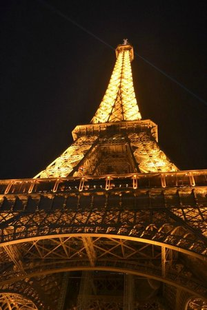 eiffel tower restaurant picture of eiffel tower paris tripadvisor