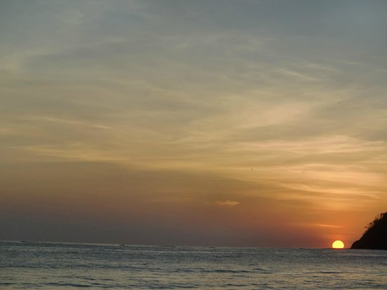 Fenix Hotel - On The Beach:                   sunset from the loungers