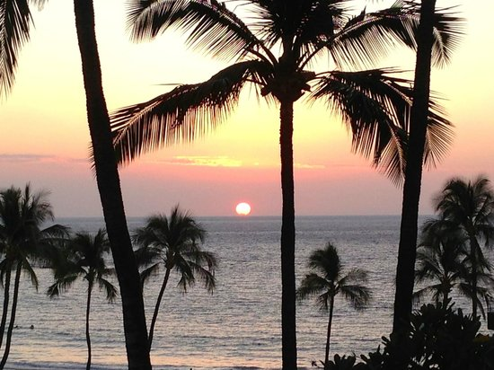 Mauna Kea Beach Hotel:                                     Sunset from our balcony