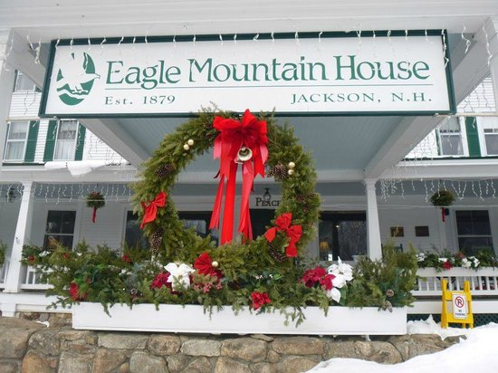 Eagle Mountain House & Golf Club:                                     Front entrance