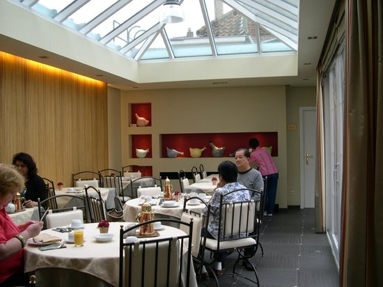 Anselmus Hotel: Breakfast Dining Room I