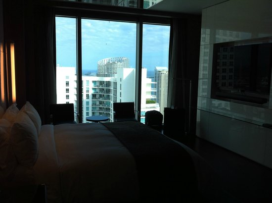 Hotel Beaux Arts:                   Bedroom view