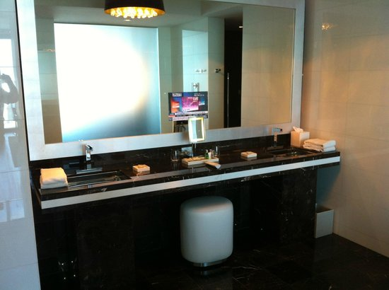 Hotel Beaux Arts:                   Vanity with TV in the mirror