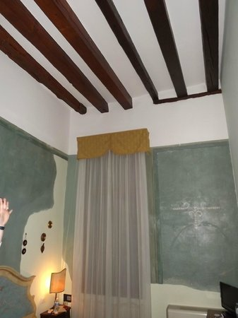 Locanda Ca' del Console:                   our room with view of the courtyard