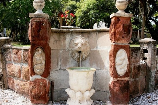 Koreshan State Historic Site:                   Lion Fountain on grounds