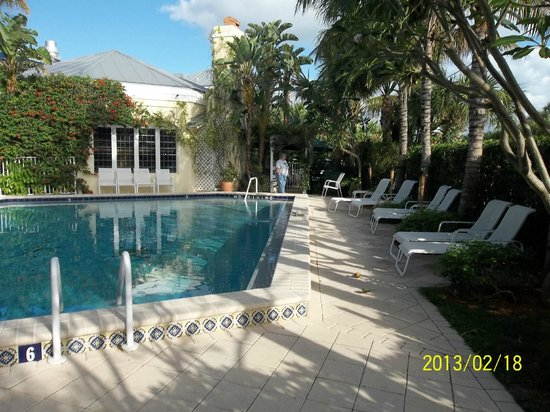 The Caribbean Court Boutique Hotel:                   Pool/patio area