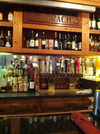 Southbury, CT:                   Have a drink @Shadrach's