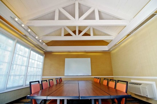 Fairfield Inn Anaheim Hills: Cabana Meeting Room