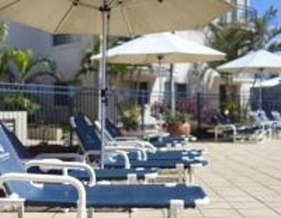 Tugun, Australien: Relax by the pool