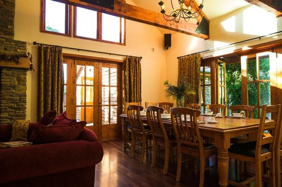 Wanaka Homestead Lodge and Cottages:                   Dining room