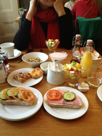 Rydges Kensington London :                   Nice breakfast