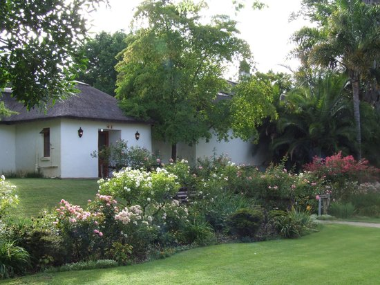Woodall Country House and Spa:                   Grounds