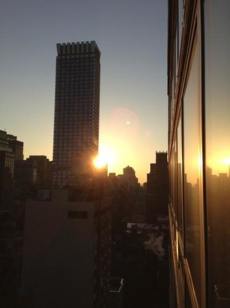 Hilton Garden Inn New York/West 35th Street:                   Sicht aus Zimmer 2909 (2)