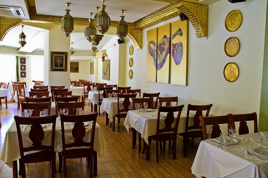 Cleopatra authentic lebanese restaurant picture of for Authentic lebanese cuisine