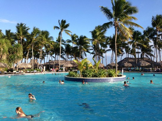 Pool picture of club med punta cana punta cana - Club med punta cana chambre club famille ...