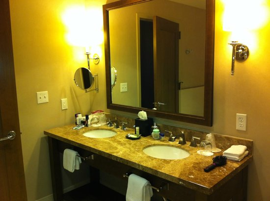 Westin Riverfront Resort &amp; Spa:                   Vanity