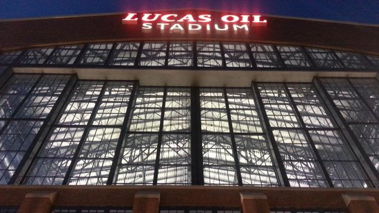 Staybridge Suites Indianapolis - City Centre: Lucas Oil Stadium