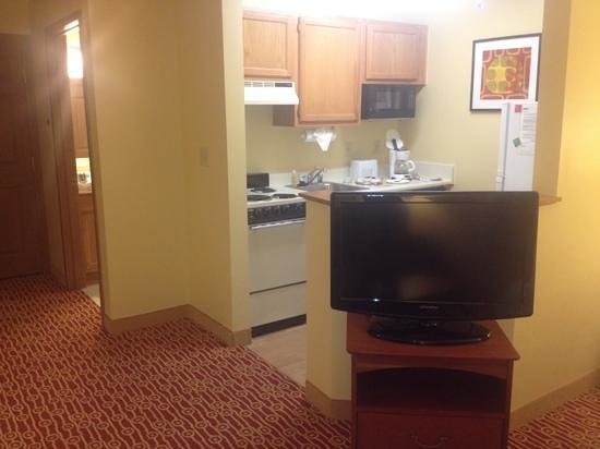 TownePlace Suites Dallas Plano: kitchen